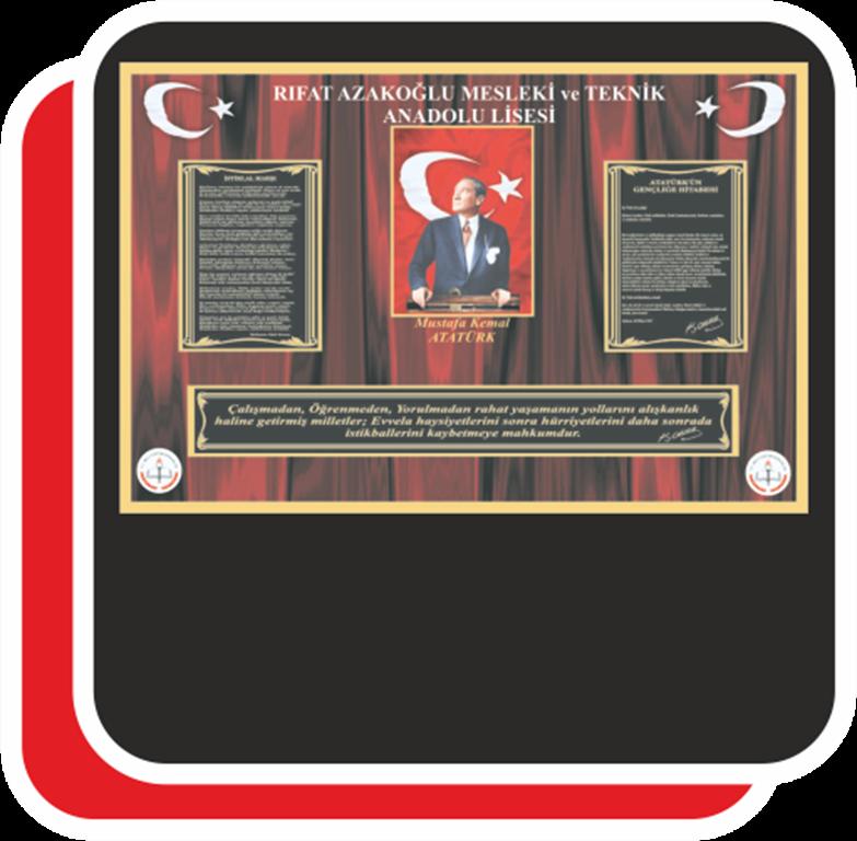 Atatürk'ün Gençliğe Hitabesi ve İstiklal Marşından oluşan okul panosu çalışması